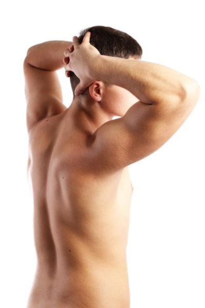 Korekcija moških prsi - ginekomastija je dokaj pogosta estetska operacija, pri kateri gre za zmanjšanje moških prsi.