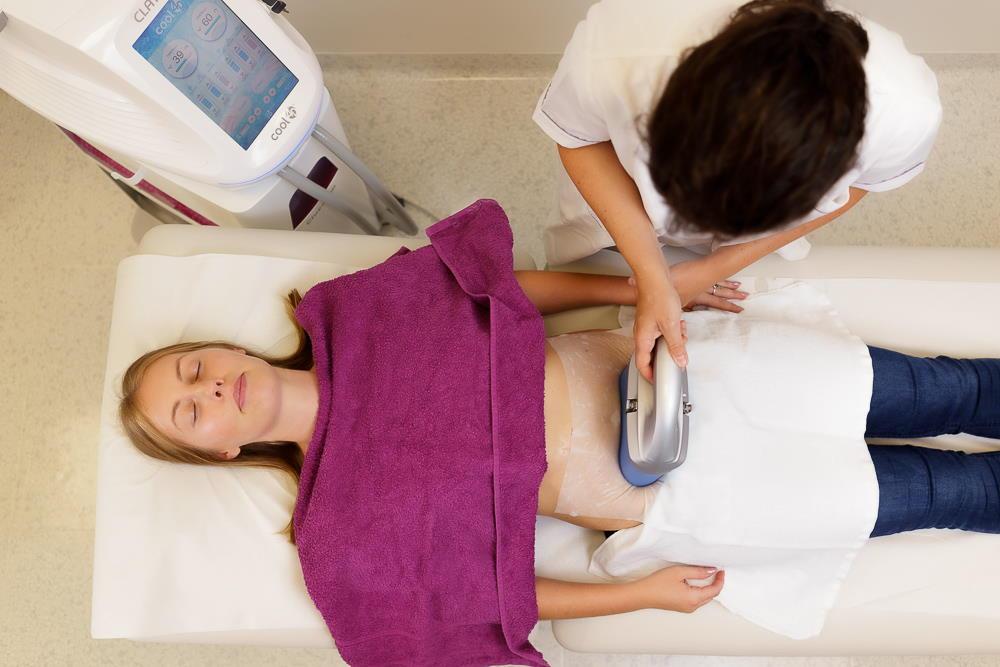 Kriolipoliza s 360 CLATUU tehnologijo je izjemno učinkovita pri odstranjevanju trdovratnih maščobnih oblog.