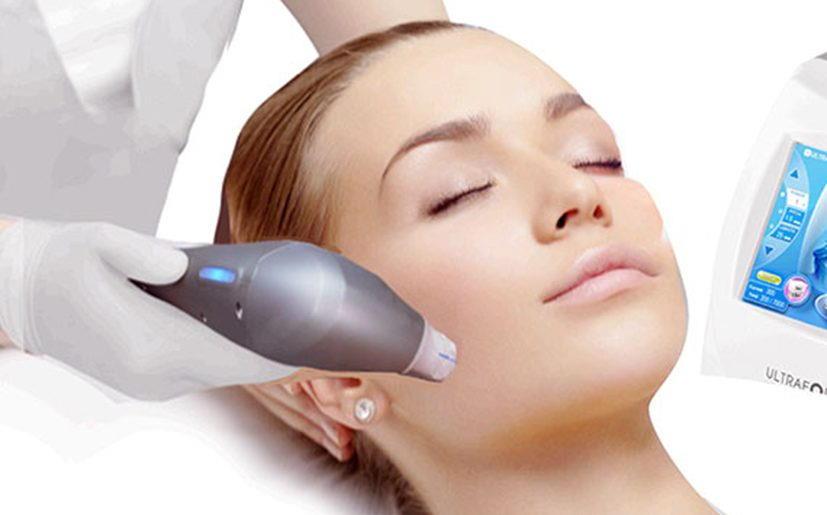 Ultraformer III je naprava, pri kateri z ulterapijo izvedemo nekirurški facelift obraza, torej zgladimo gube na obrazu, vratu in v predelu dekolteja.